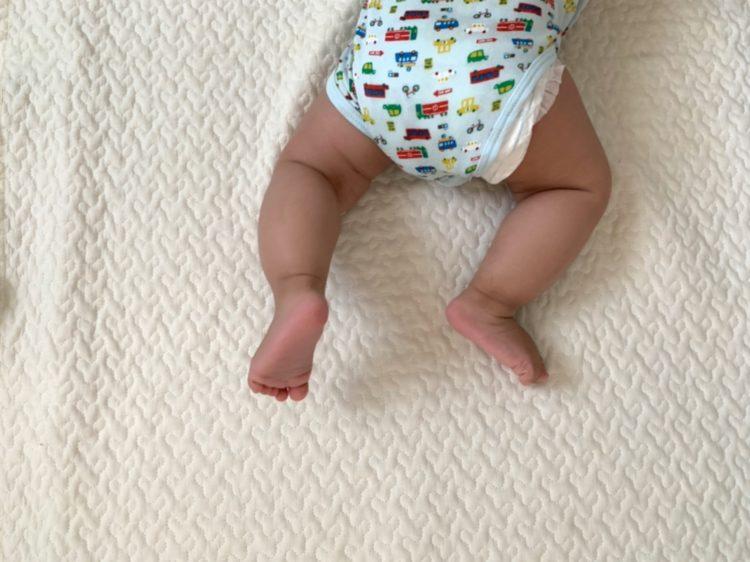 O脚 赤ちゃん